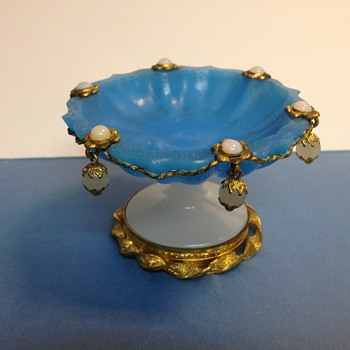 Opaline glass pin dish - Art Glass