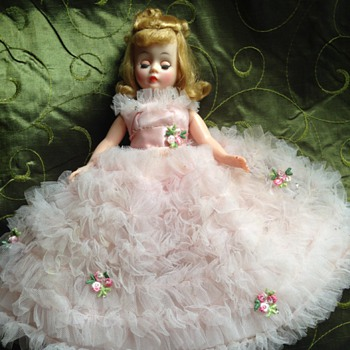 Madame Alexander Doll 1950's? - Dolls