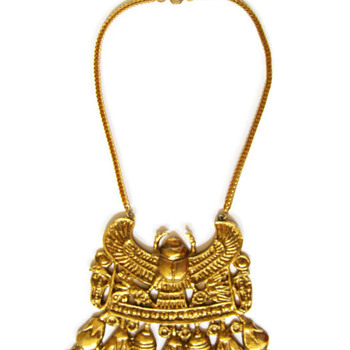 Vintage Accessocraft N.Y.C. Gold Egyptian Winged Scarab Necklace