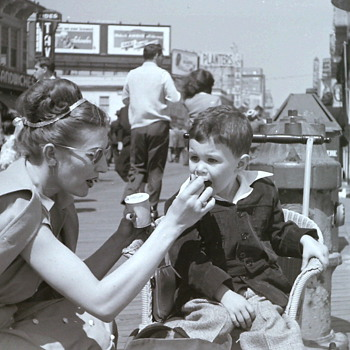 Ice Cream And The Shore What a Combination (May, 1947) - Photographs