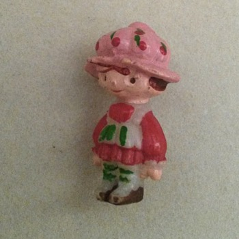 Strawberry Short Cake pin