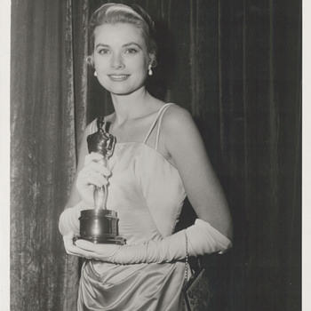 Grace Kelly Academy Award Candid Photo (1955)