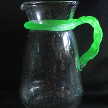 LOETZ BUBBLE PITCHER II (UNDER UV) - Art Glass