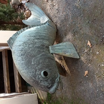 Large cast bronze koi fish - Asian