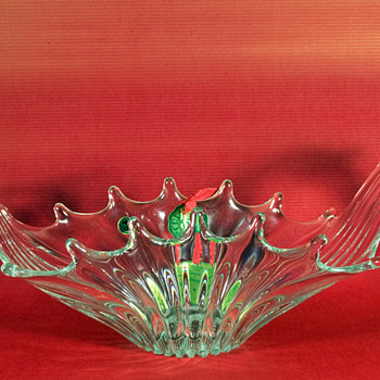 Mystery item that is a mystery, help me solve the mysterious mystery? - Art Glass