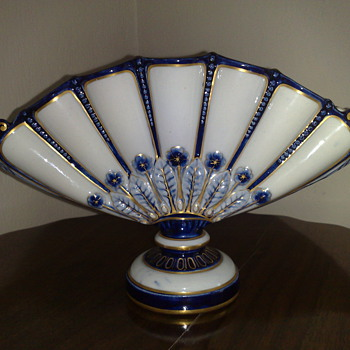 I like the Royal Worcester - China and Dinnerware
