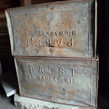 Pabst Crates - Breweriana