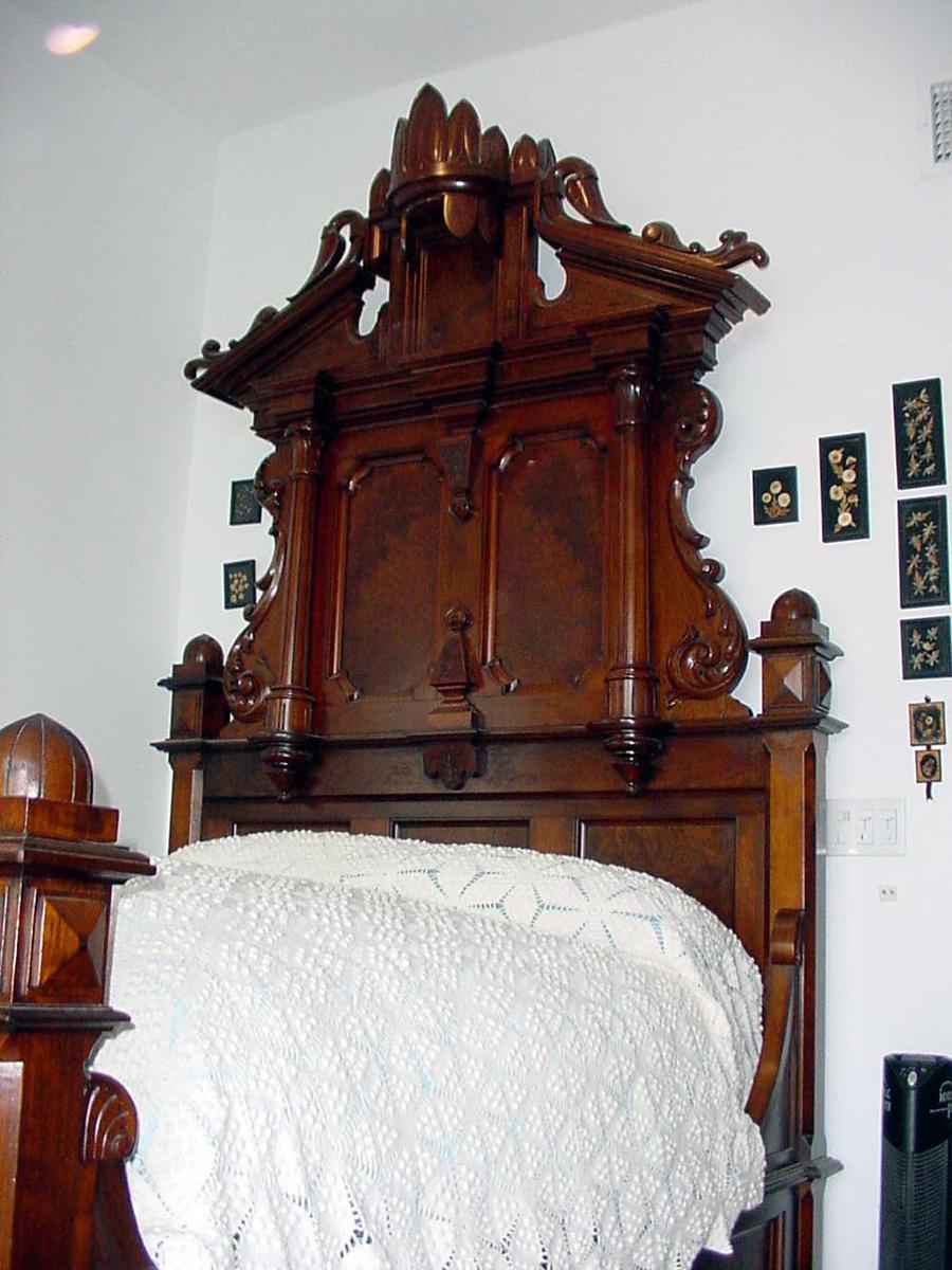1880 39 S Thomas Brooks Renaissance Revival 10 39 Bedroom Suite