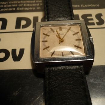 Soviet Wristwatch..1970s..Luch w/ 2209 Movement