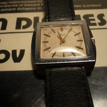 Soviet Wristwatch..1970s..Luch w/ 2209 Movement
