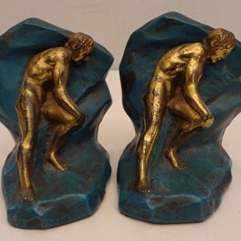 "Crescent Metal Arts Art Deco ""Struggle"" Bookends, 1930 - Art Deco"