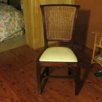 Dining Room Chairs - Furniture