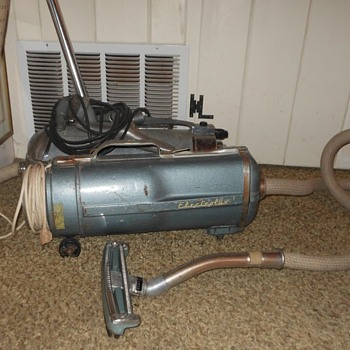 Electrolux Cannister Vacuum Model E 1954