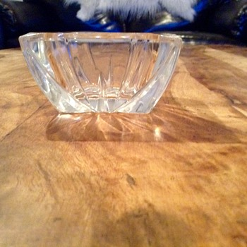 Vintage square cut crystal ashtray - Tobacciana