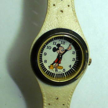 1960's Phinney Walker Mickey Mouse Wristwatch - Wristwatches