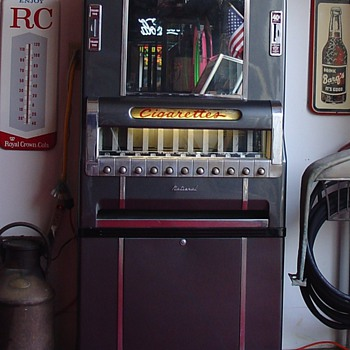 National Cigarette Machine...Lights Up With Keys...40 cents a pack - Tobacciana