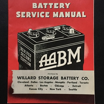Battery service manual booklets. - Paper