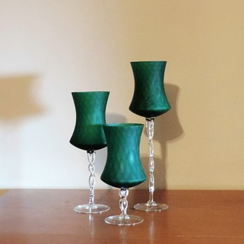 Cool Kelly Green optic glass twisted stems centerpieces - Art Glass