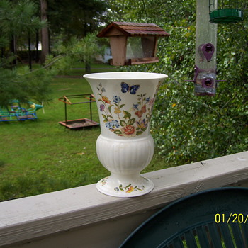 BONE CHINA AYNSLEY - Art Pottery