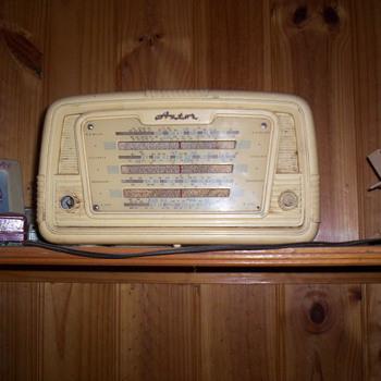 Astor radio