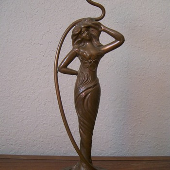 Granny&#039;s Candlestick - Art Nouveau