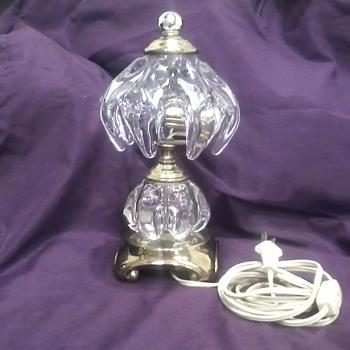 Vannes Le Chanel lamp