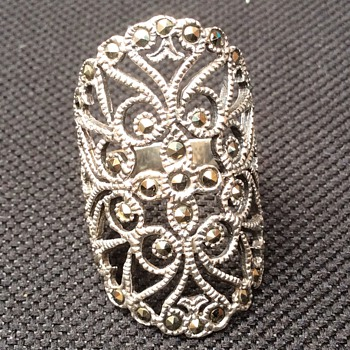 Antique ring - Fine Jewelry