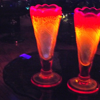 L.E Smith. bud Vases with UV Reactive Treatment. ??? Glows - Art Glass