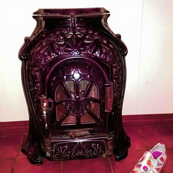 "Sougland Aisne ""Belle Epoque"" stove"