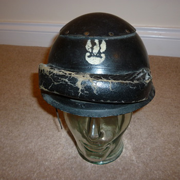 WW11 Polish tank crew helmet - Military and Wartime