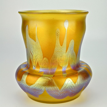 and a signed Loetz Phenomen Genre 7773 - Art Glass