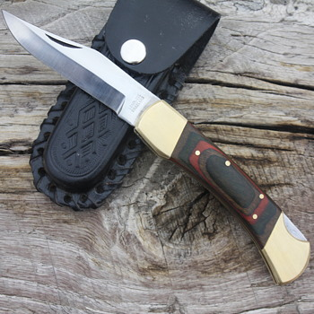 LARGE PAKISTANI LOCKBACK KNIFE with CENTER SWELLED PAKKAWOOD HANDLE