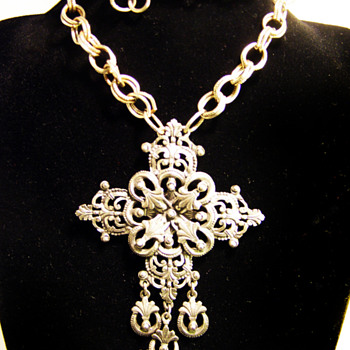 Vintage Florenza Filigree Cross Necklace - Costume Jewelry