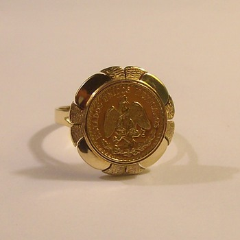 1940's 14k Mexican 2-Peso coin ring