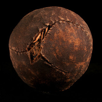 HYBRID TOWN BALL BALL - CIRCA 1840's - Baseball