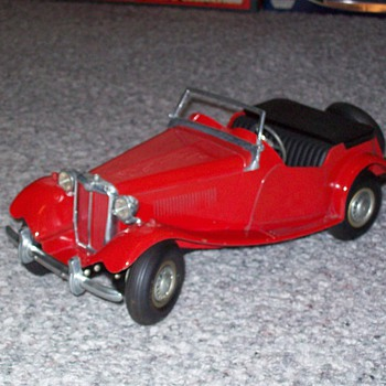 Doepke MG - Model Cars