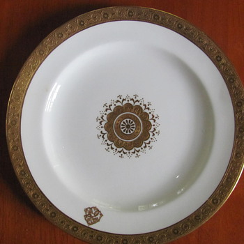 Gilman Collamore Co., Fifth Avenue New York Plate - China and Dinnerware
