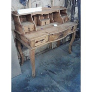 Pine wood desk - Furniture
