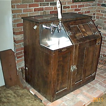 Antique Bishop & Babcock Beer Cooler and Tap System