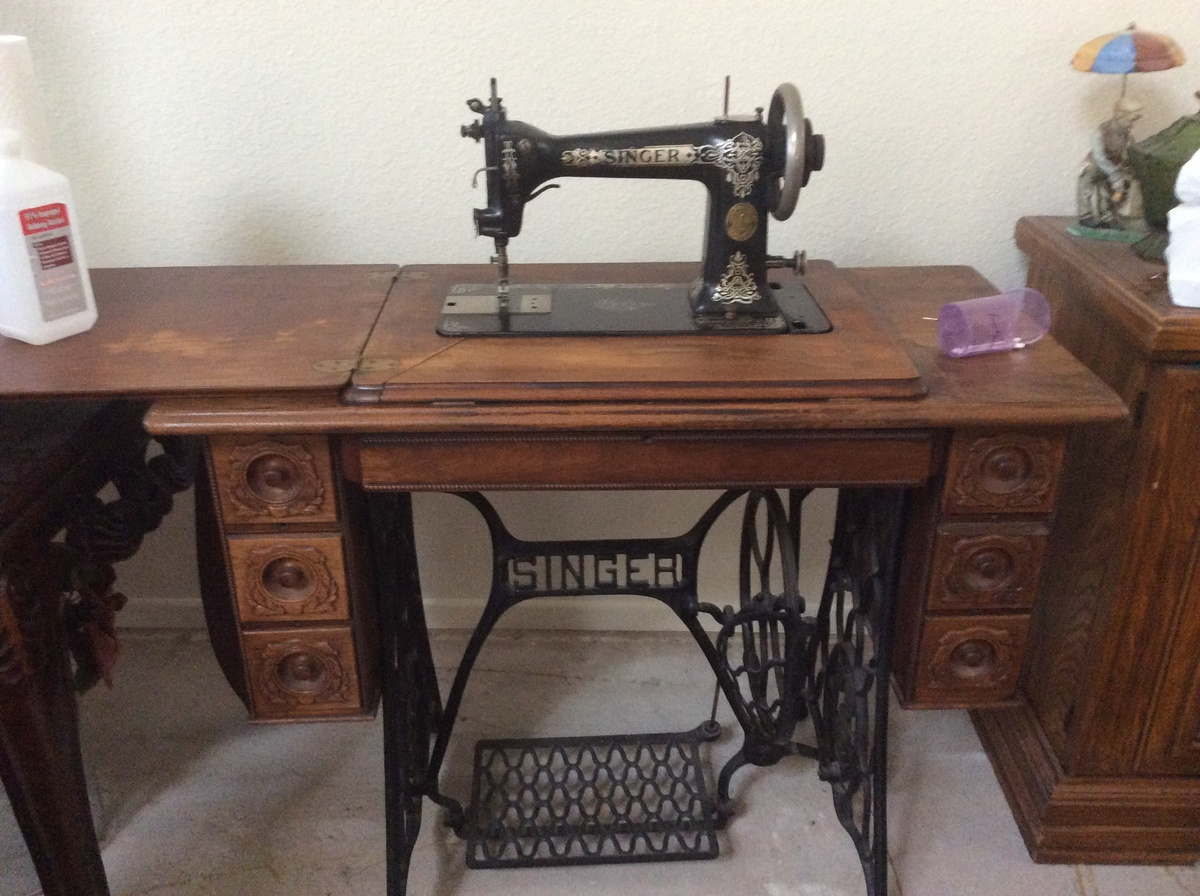 Identify singer sewing machine by