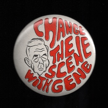 Eugene McCarthy Peace Candidate Vietnam era pinback button