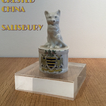 CRESTED CHINA MYSTERY #1