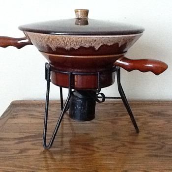 Vintage Rubel Brown Drip Pottery Fondue Set no. 1028