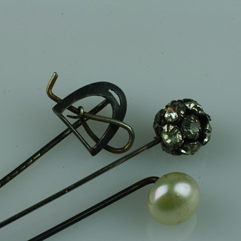 Simple silver stickpins - Fine Jewelry