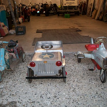 pedal car from India  Good Humor Ape Vespa