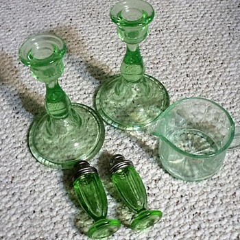 Depression glass candle holders and salt-pepper shakers - Glassware