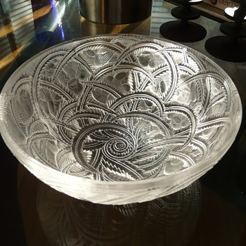 COUPE LALIQUE &quot;PINSONS&quot; - Art Glass