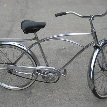 I am trying to figure out what the model and year are of this bicycle. Please help me - Sporting Goods