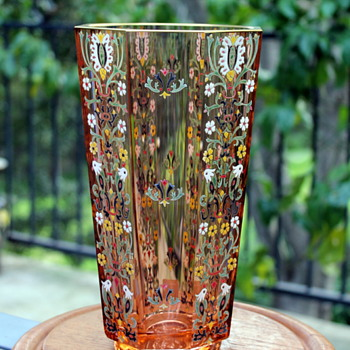 Japanese contemporary enamelled glass by Amemiya - Art Glass