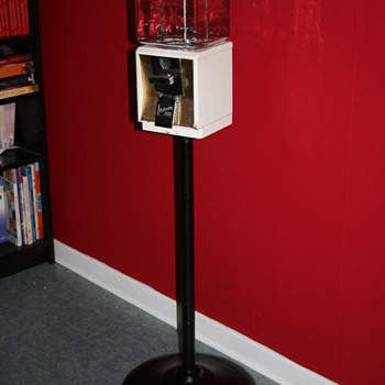 gumball machine stand - Coin Operated